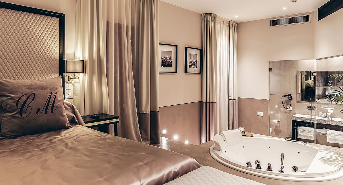 Queen Suite Spa Martina Locanda del Conte Mameli