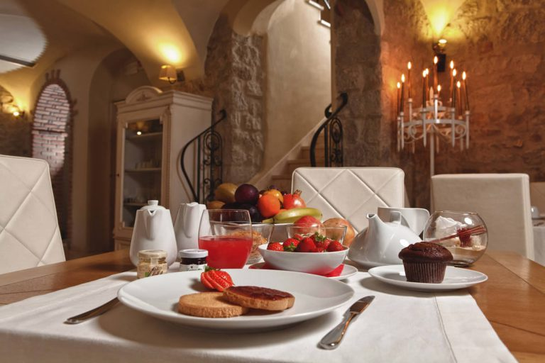 Cordiality and attention to your needs Locanda del Conte Mameli